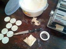 framställning av pasta Royaltyfria Bilder