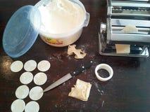 framställning av pasta arkivbilder