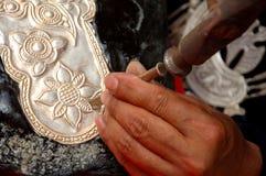 framställning av silverwaren Royaltyfria Bilder