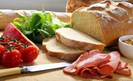 framställning av smörgåsen Royaltyfri Fotografi