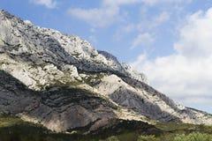 Framstående berglutning Arkivbilder
