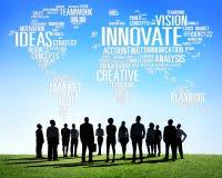 Framsteg för idéer för innovationinspirationkreativitet inför nyheter Arkivfoton