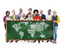 Framsteg för idéer för innovationinspirationkreativitet inför nyheter Concep Fotografering för Bildbyråer