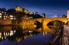 Framwellgate most nad rzeczną odzieżą przy zmierzchem fotografia stock
