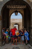 França. Normandy. Mont Saint-Michel. Crianças Fotos de Stock Royalty Free
