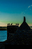 França. Normandy. Mont Saint-Michel. Telhados Fotos de Stock Royalty Free
