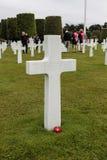 França, Normandy, o 6 de junho de 2011 - sepulturas dos soldados que morreram durante a operação militar em 1944 em Normandy Imagem de Stock Royalty Free