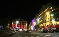 França, Paris, iluminando-se na construção Foto de Stock