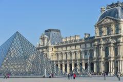 França, Paris, jardim de Tuileries, Louvre Art Museum Imagem de Stock Royalty Free