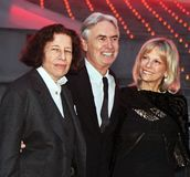 Fran Lebowitz, David Steinberg and Robyn Todd. Social commentator Fran Lebowitz, comedian David Steinberg, and his wife, Robyn Todd, arrive at the Vanity Fair Stock Photos
