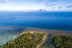 Francés aéreo Polinesia del paisaje de Bora Bora de Taha fotografía de archivo