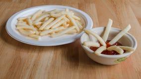 Francés frito y salsa de tomate Imagen de archivo libre de regalías