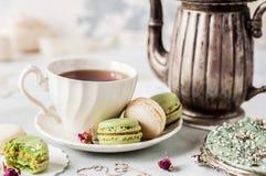 Francés Macarons, estilo del vintage Imagenes de archivo