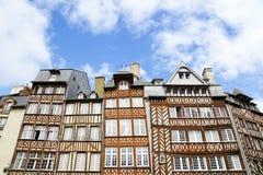 france houses medeltida rennes Arkivfoton