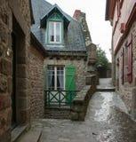 france Mont Saint-Michel i vintern Arkivbilder