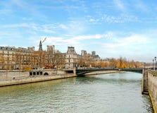 france paris flodseine Arkivbild