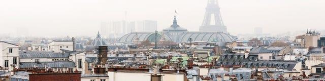 france paris Flyg- sikt av historiska byggnader med Eiffeltorn Arkivbild