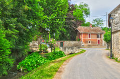 France, the picturesque village of Brueil en Vexin Stock Photo