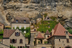 France, picturesque village of La Roque Gageac in Dordogne Royalty Free Stock Photos