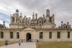 france Vista della facciata e dell'entrata principale principali al castello de Chambord, 1519 - 1547 anni Fotografia Stock