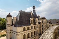 france Vista do terraço em uma das extensões laterais do castelo de Chambord, 1519 - 1547 anos Fotografia de Stock