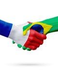 Frances de drapeaux, pays du Brésil, concept de poignée de main d'amitié d'association Photo libre de droits