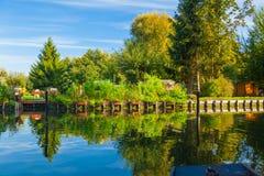 Frances de flottement d'Amiens de jardins de Hortillonnages avec le soleil Photo libre de droits