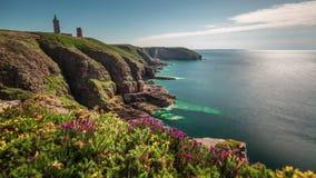 Frances de laps de temps du panorama 4k de phare de baie de la Manche de La de coucher du soleil d'été banque de vidéos