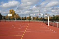 Frances, Yvelines, au sol de sports dans Les Mureaux images libres de droits
