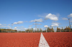 Frances, Yvelines, un au sol de sports dans Les Mureaux photo libre de droits