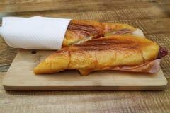 Francesinha portoghese tipico Poveira - un panino dalla regione di Oporto nel Portogallo fotografia stock