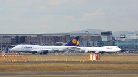 FRANCFORT, ALLEMAGNE - 28 février 2015 : Lufthansa Boeing 747 - MSN 28287 - D-ABVT, appelés le Rhénanie-Palatinat allant prendre Image stock