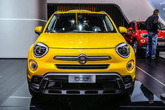 FRANCFORT - SEPTEMBRE 2015 : FIAT 500x présenté à l'International d'IAA Images stock