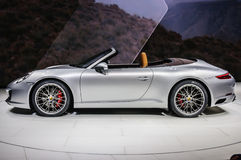 FRANCFORT - SEPTEMBRE 2015 : Presente de cabrio de Porsche 911 991 Carrera S Photo libre de droits