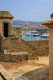 Francia, Antibes: vista de la ciudad vieja del fuerte Carr Fotografía de archivo