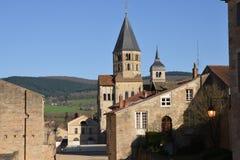 Francia, ciudad pintoresca de Cluny en Saone y el Loira Foto de archivo