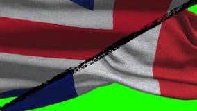 Francia CONTRA las banderas de Gran Bretaña almacen de metraje de vídeo