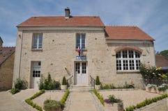 Francia, el pueblo de en Vexin de Guiry en Val d Oise Foto de archivo libre de regalías