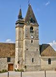 Francia, el pueblo pintoresco del La Chaussée d Ivry Foto de archivo libre de regalías