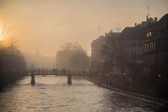 Francia en la niebla Imágenes de archivo libres de regalías