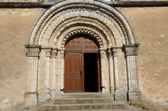 Francia, iglesia histórica de Le Pin la Garenne fotos de archivo