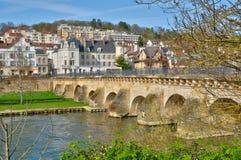 Francia, la ciudad pintoresca de Meulan Fotografía de archivo