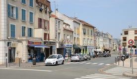 Francia, la ciudad pintoresca de Poissy Foto de archivo libre de regalías