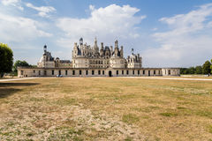 francia La fachada principal del castillo francés de Chambord, incluida en la lista del patrimonio mundial de la UNESCO, 1519 - 1 Fotos de archivo