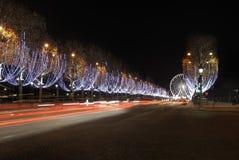 Francia. París. Campeones Elysees en la noche fotos de archivo libres de regalías