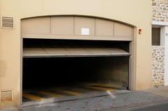 Francia, un aparcamiento en Vaureal fotos de archivo