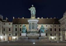 Francis I du monument de l'Autriche à Vienne dans la nuit Photos stock