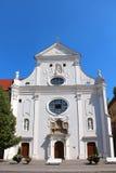 Franciscan seminariumkyrka, Kosice, Slovakien arkivbilder