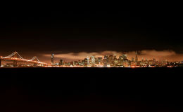 francisco noc San linia horyzontu Fotografia Stock