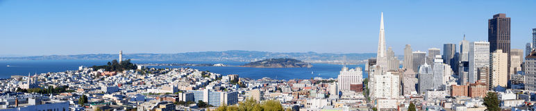 Francisco-Skylinepanorama stockbild